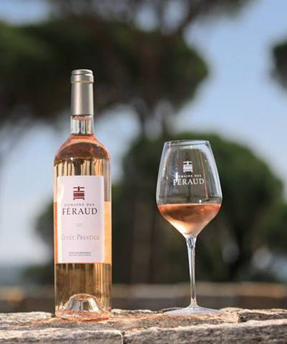 Domaine des Feraud glass of Rose