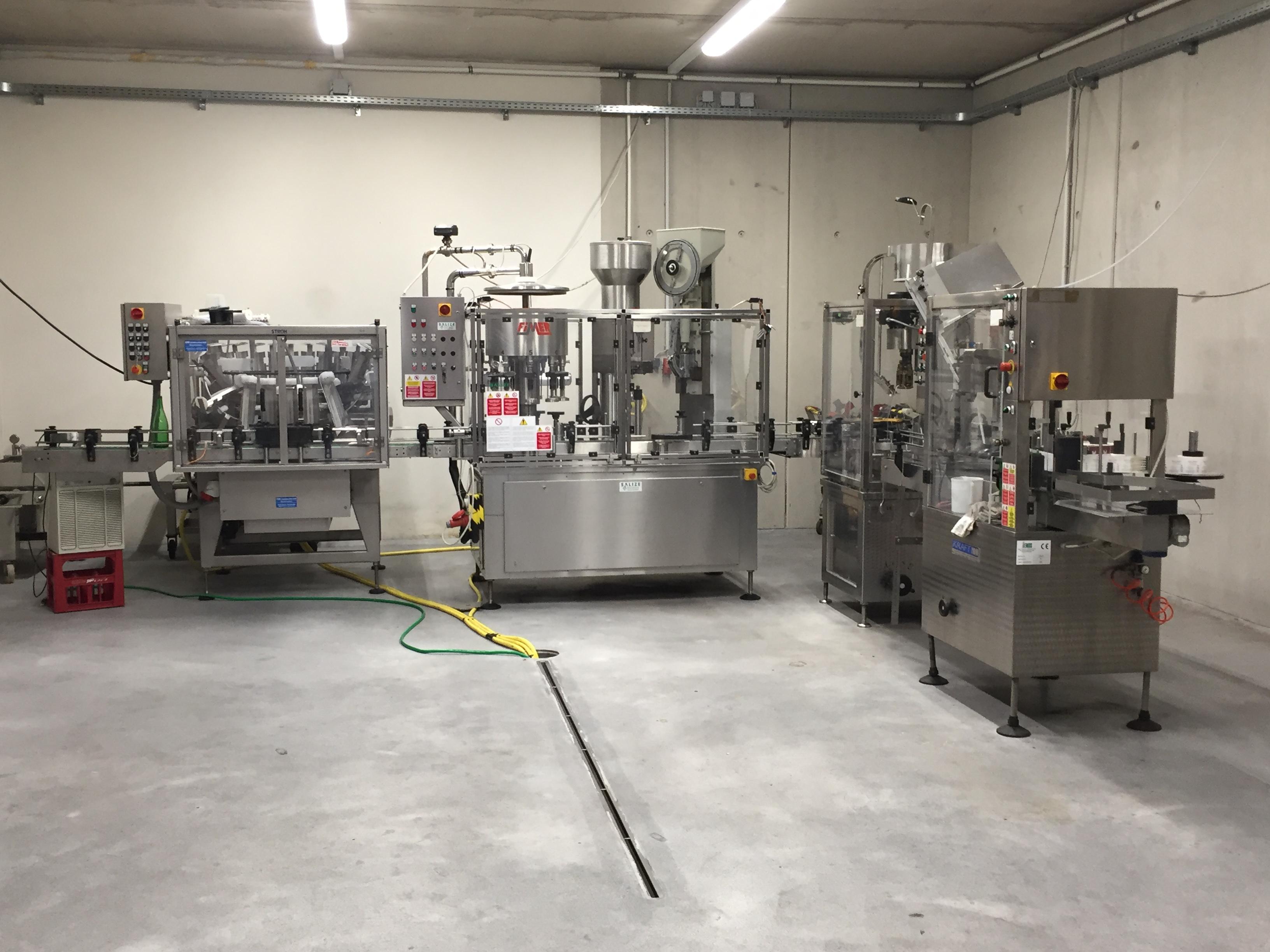 Weingut Mittelbach botteling machine